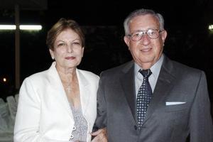 <b>07 junio </b><p>  Martha Díaz Flores de Cepeda y Hernán Cepeda Cepeda.