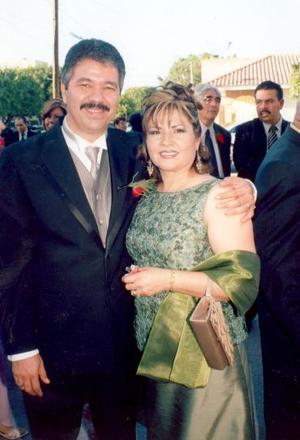 José Luis Trasfí Anaya y Marcela Sánchez Pámanes..