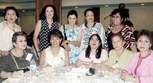Eugenia Cué Pérez y un grupo de amigas llegaron de San Luis Potosí