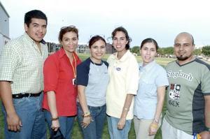 Miguel García, Argelia García, Alma Gaytán, Claudia Vélez, Adriana Boone y Francisco Sierra