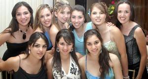 Valeria, Ale, Jéssica, Anel, Yolis, Tania y Laura Trasfí, Yuri y Marcela Amezcua