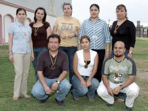 Adriana Boone, Mónica Rodríguez, Gaby Castillo, Tere Ruiz, Magda Garza, José Luis Hernández, Celia Valenzuela y Francisco Sierra.