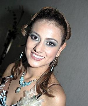 <b>08 de junio </b><p> Rocío Borbolla Vargas, captada en la despedida que le organizaron sus familiares por su  próxima boda