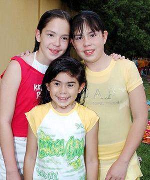Alicia y Mónica Galindo Santillán Festejaron sus cumpleaños, con una divertida reunión a la que asistieron numerosas amiguitas para felicitarla