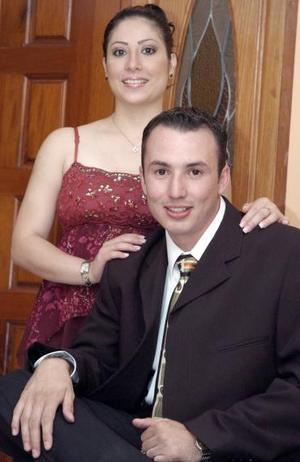 Alexis Omar Ugartechea Gallardo y Azucena Ivette Hernández González.