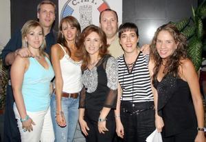 <b>10  junio</b><p>  Robert Stefanic, Magaly Gilio, Verónica García, Sara Shepard, Carlos Leal, Romy Schott y Laura Zuñiga.