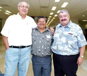 Vicente García, josé Carmen Reyes y Hassan Ale Viajaron al DF.
