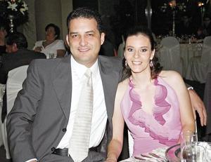 René Muñoz y Paty de Muñoz