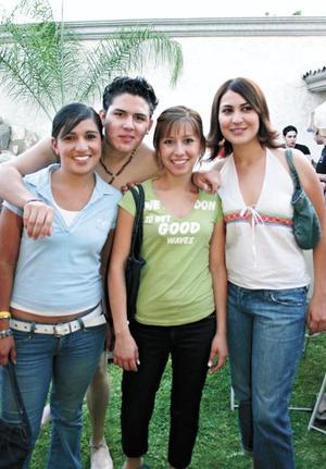 Diana Martinez, Martín Nevarez, Kiara Carreón y Tere Mejía