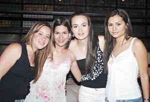Adriana Alarcón, Paty García, Erika Wolff y María Dabdou
