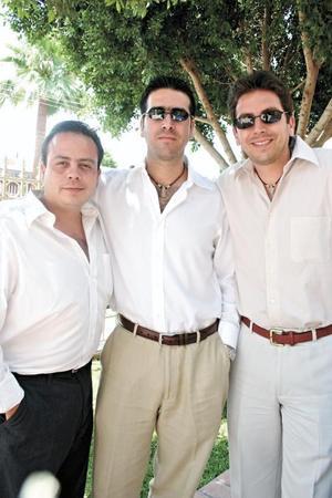 Gustavo Torres, Jorge González Colsa y Oscar Bredée Treviño