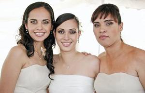Angélica, Katia y Mary Carmen Valenzuela
