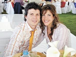 Rodrigo Oviedo y Josie Agnesi