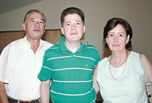 Daniel Azuara Linares, Daniel Azuara Navarrete y María de Azuara