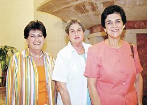 Esperanza Aranzabal de López, Camis E. de Calleja y Marilú Finck de Anaya
