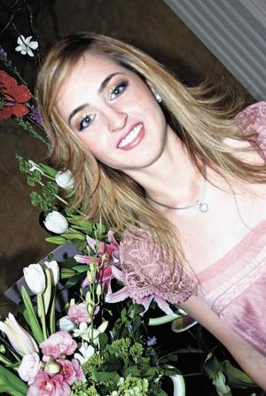 <I>EN UMBRAL DE MATRIMONIO</I><P> Elizabeth Papadópulos Dingler