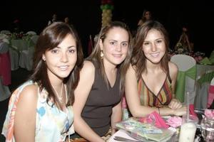 Dora Flores, Brenda de Villalobos y Any de Mexsen.