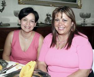 Lucy López Fernández y Gaby Fernández Ruiz.