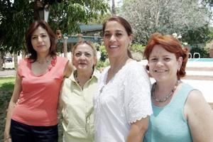 Melly B. de Jaime, Alma Tafoya de González, Romelia Rosales Noriega e Imelda Hernández, captadas recientemente.