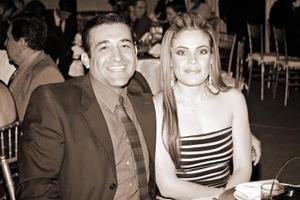 Rolando Guerrero y Mónica de Guerrero