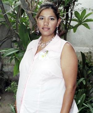 Con motivo del naciminto de su tercer bebé, Belinda Rofríguez de Rodríguez disfrutó de una fiesta de canastilla que le ofrecieron hace unos días
