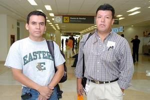 Alejandro Batres y Héctor Valenzuela viajaron a Puebla