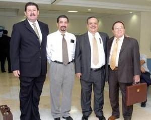 Roberto Rodríguez, Victor Alducín, Alejandro Gurza y Nicolás Papadópoulos viajaron al DF.