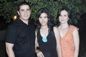 Con motivo de su cumpleaños, Margarita López Samaniego fue festejada por sus papás, Pablo López Ortega Samaniego fue festejada por sus papás, Pablo López Ortega y Magaly Samaniego.
