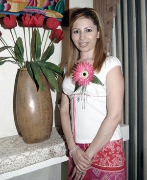 Lorena Michel Návar, captada en la despedida de soltera que le ofrecieron por su próximo enlace con Luis Ricardo Galarza Calderón.