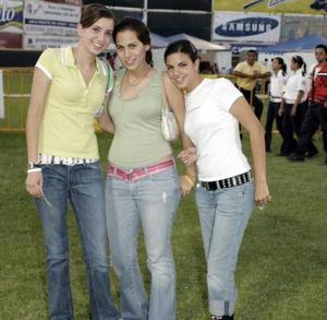 Maryfer Bustos, Luz Arriaga y Lety Cepeda.