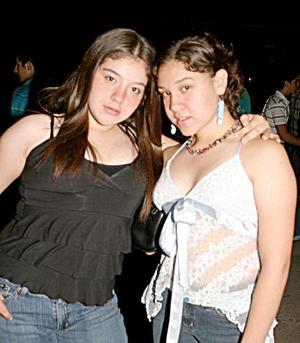 Paulina y Mari Fer Pastrana.