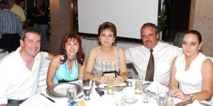Marcelo e Ileada Torres, Julieta de la Peña, Carlos y Silvia Adriana de la Peña.