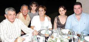 Roberto Leal, Bárbara Cofiño, la Güera Grageda, Daniela Torres, Javier Cofiño y Antonio Cofiño.