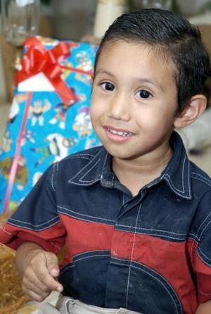 <b>15 de junio</b><p> Sebastián Álvarez Murillo celebró su tercer cumpleaños, con una merienda que le organizaron sus papás.
