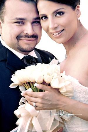 C.P. Paulo Ademir Álvarez y C.P Piedad Gurrero Rodríguez contrajeron matrimonio el pasado nueve de abril en la parroquia Los Ángeles