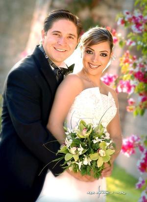 Lic. Pedro Aguirre Martínez e Ing. Ileana del Río contrajeron matrimonio el sábado 23 de abril