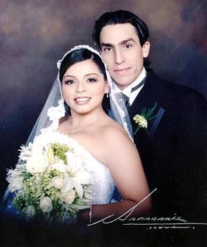 Sr. LeRoy Briggs y Srita. Martha D. Yáñez Mortera contrajeron matrimonio el pasado ocho de abril.