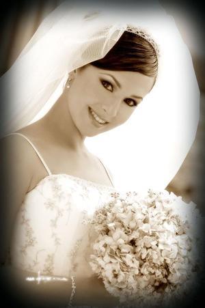 Srita. Brenda Madero Martínez el día de su boda con el Sr. Scott Mauti.