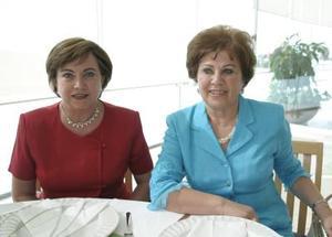 Neda de Giacomán y Susana de González.
