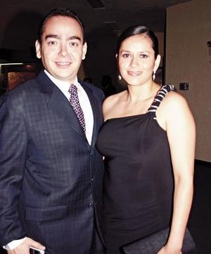 <b>17 de junio</b><p> Luis Édgar e Ingalterra Esparza