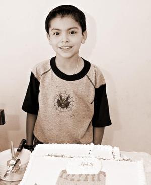 <b>17 de junio</b><p> Yamile Everardo Luján Cisneros cumplió nueve años de vida, y los celebró con una divertida piñata