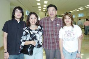 José Luis, Imanol, Edna y Xóchilt Membrillo viajaron con destino a Miami.