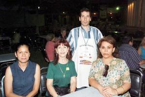 Claudia, Luz María, Leonardo y Judith
