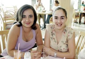 Luzma Máynez y Marusa Fernández, en reciente recepción.