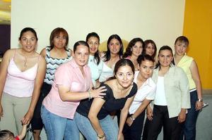 Marcela Ayala Alanís disfrutó de una agradable despedida de soltera, que le organizaron sus amigas