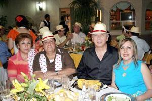 Ignacio y Ángeles de Balcázar, Jesús y Marisa Zavala