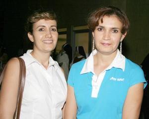 Bedía Zarzar de Tovalín y Ana Isabel Zarzar de Luján.