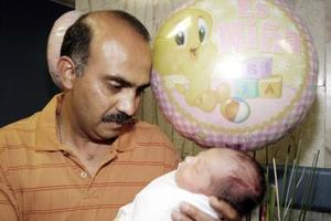 <b>19  de junio </b><p> Víctor Manuel Jiménez Mercado con su pequeña Andrea Nicole Jiménez Medrano