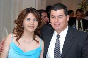 Gabriela de Becerril y Arnoldo Becerril.