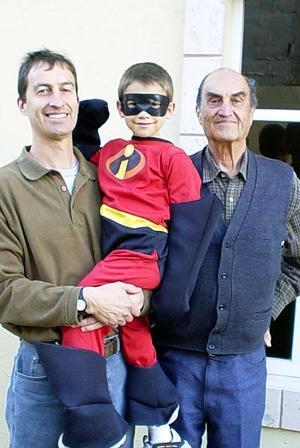 Jaime González Navarro, Jaime  González Veyán y Jaime González Hernández, forman tres generaciones.